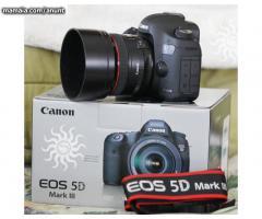 Vand Canon EOS 5D Mark III cu obiectiv EF 24-105mm IS