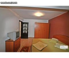 Închiriez apartament 3 camere