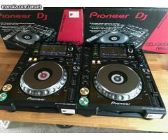 Pioneer DJ CDJ-2000NXS2 Professional Multi Player €900euro